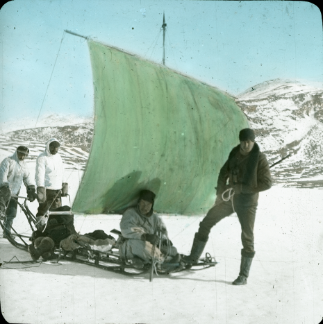Crossing the Greenland Ice – 100 Years of Swiss Science in Greenland